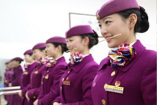 2019年四川旅游航空专修学院招生简介,昆明职高可以来成都学习航空专业吗?