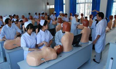 重慶華西衛校分析高中生學護理可以嗎