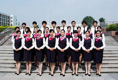 在贵阳航空学校毕业之后一定可以进航空公司嘛