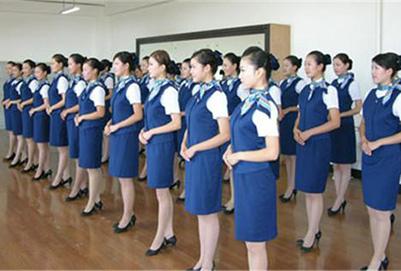 贵阳航空学校解析空姐的就业前景