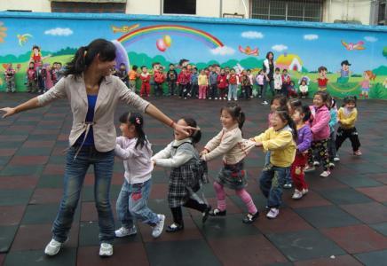 贵州二胎政策打开幼师专业就业前景怎样