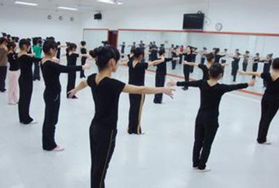 在重庆幼师学校上学需要多少钱