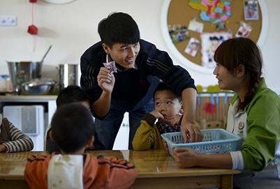 成都幼师学校分析:男生读幼师专业怎么样?