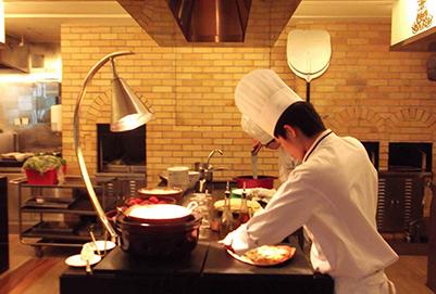 成都厨师学校烹饪工艺与营养专业